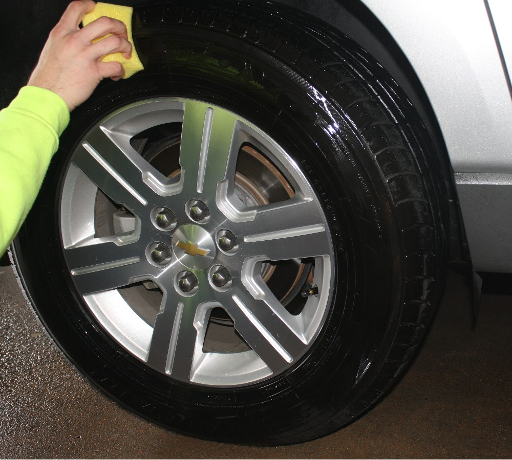 Use Tire Applicator